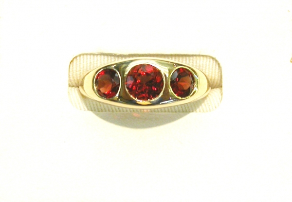 3-stone hessonite 14KY men's ring. Please call for current price.